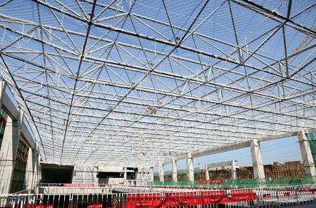 主站房屋面钢结构网架拼装完毕