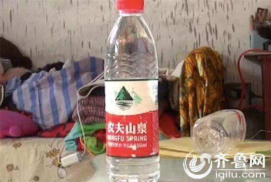 矿泉水瓶盖手工制作diy
