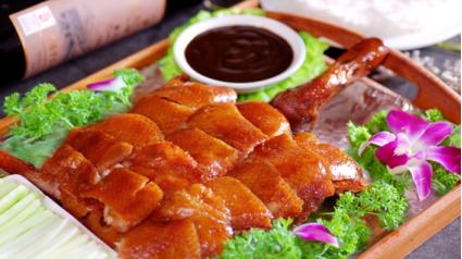 德庆特色美食_网友评十大地方文化特色美食 烤鸭烙锅臭豆腐入选