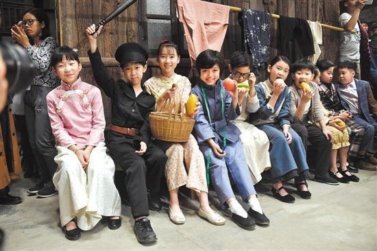 宣布《七十二家小房客》第1季正式开机.