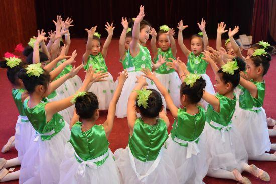 """沂源县多所学校举办庆祝""""六一""""儿童节活动"""